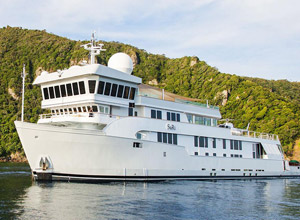 Yacht SuRi for Tahiti, Fiji and South East Asia Charters